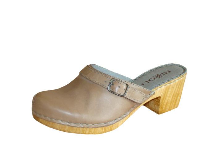 e784e284937b Soňa - Dámska obuv - Šľapky - Bledohnedé šľapky Rizzoli