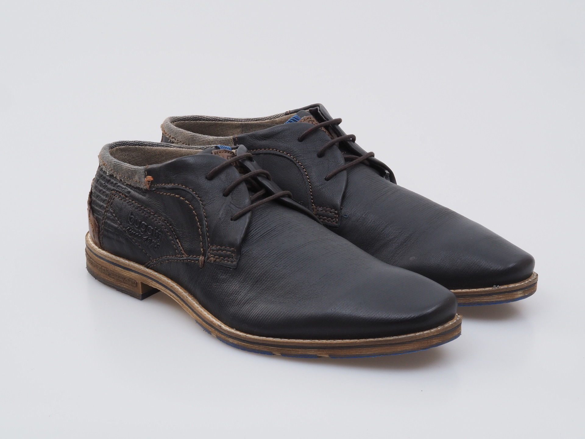 Soňa - Pánska obuv - Poltopánky - Bugatti pánska obuv 6c5629713da