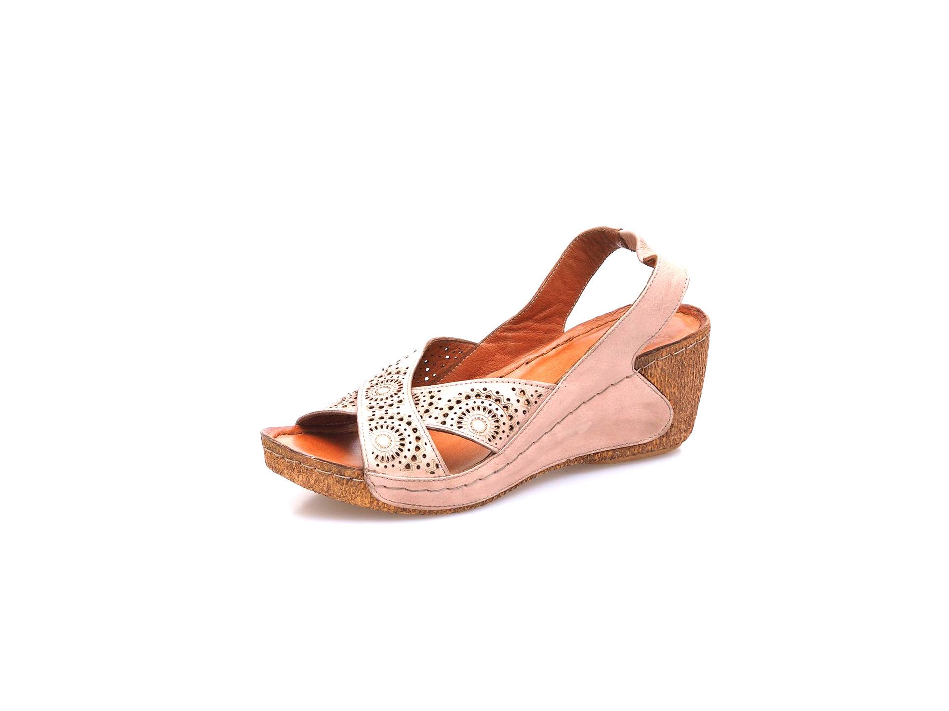 68485537c63 Soňa - Dámska obuv - Sandále - Dámska otvorená sandála na klinovom ...