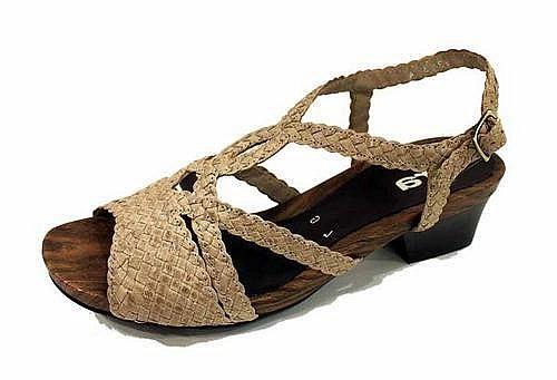 2115f0cf10 Soňa - Svet Soňa - Správny výber obuvi