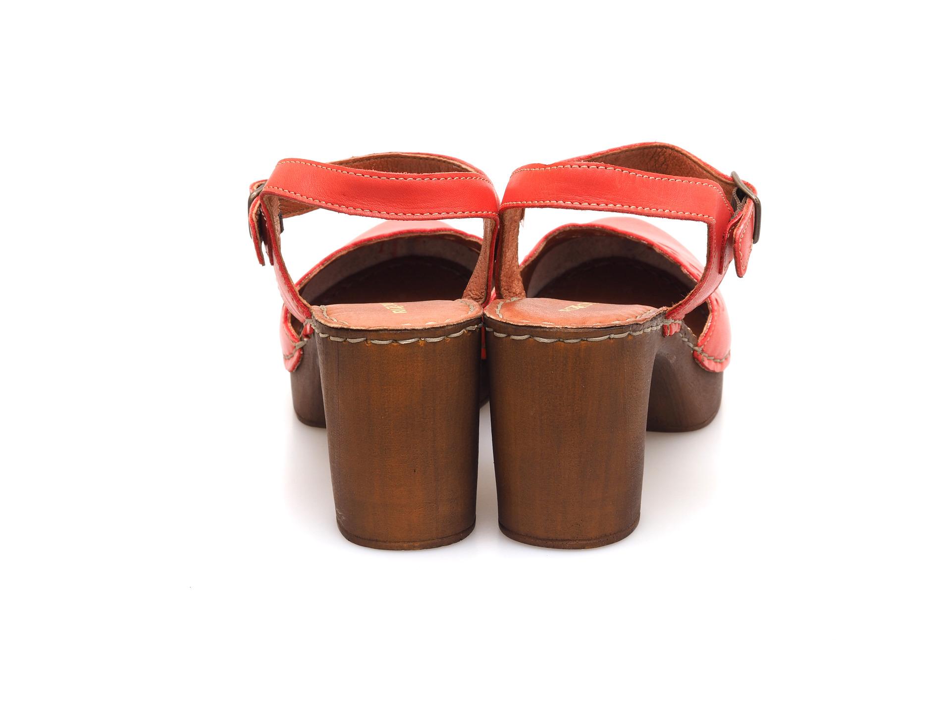 797ecaa70b9fb Soňa - Dámska obuv - Sandále - Dámske uzatvorené sandále na vysokom ...