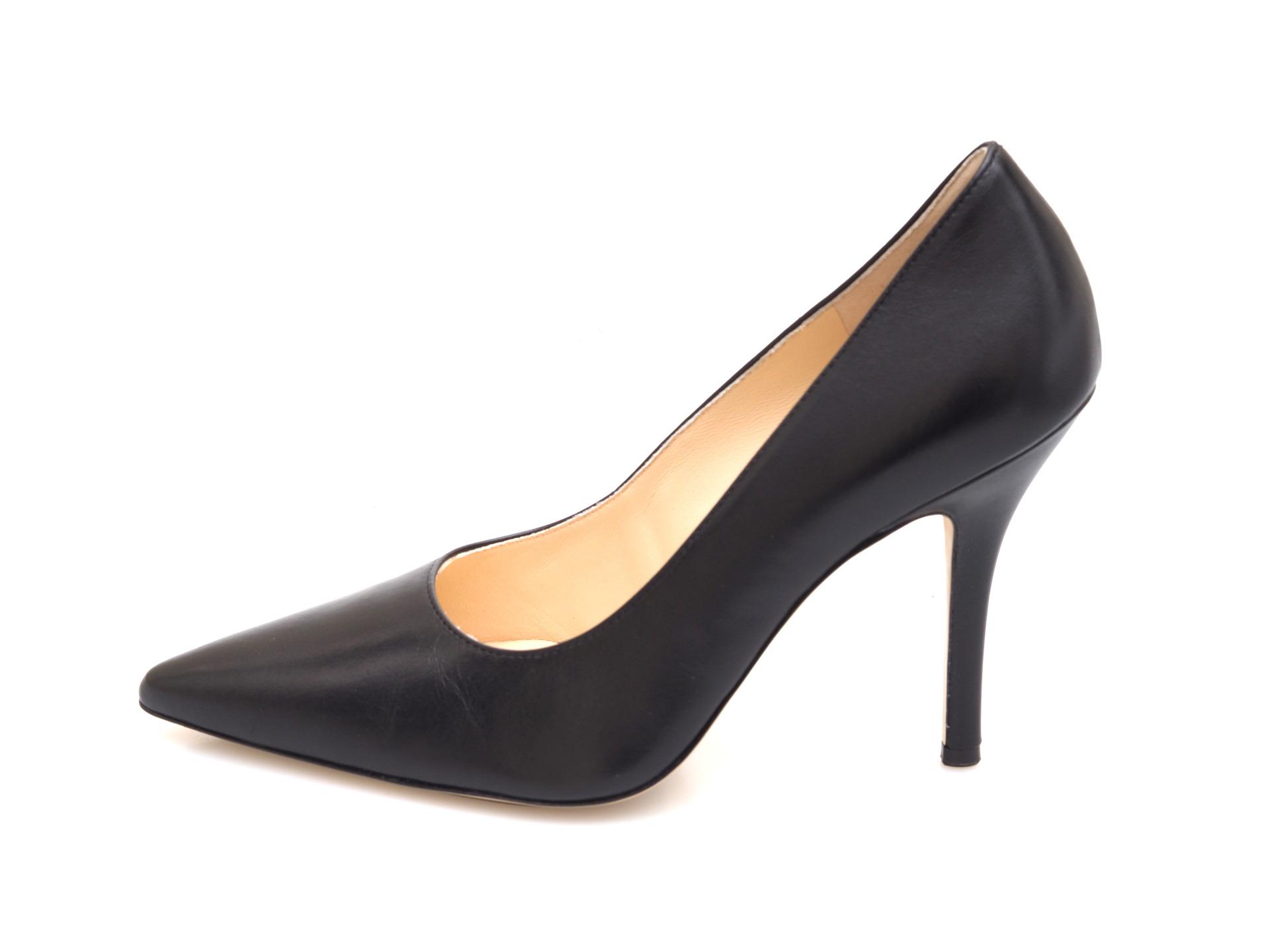6a5dc90c54 Soňa - Dámska obuv - Spoločenská obuv - Koženné čierne lodičky Högl
