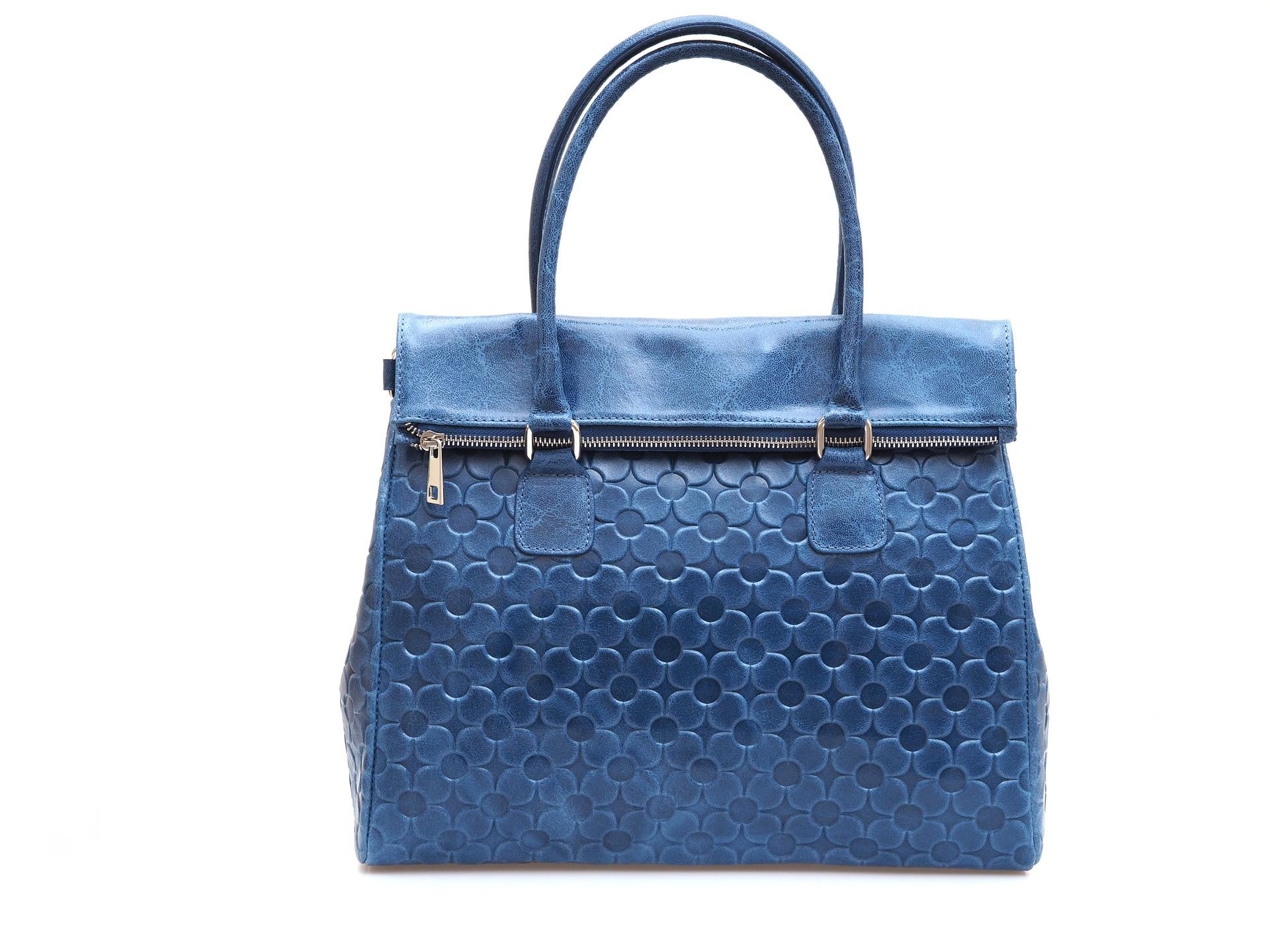 Soňa - Dámska - Dámske kabelky - Modrá dámska kabelka cez plece d33484f0ee4