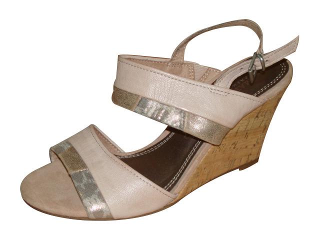 6dcfdb0eee Soňa - Dámska obuv - Sandále - Ružové sandále na klinovom podpätku ...
