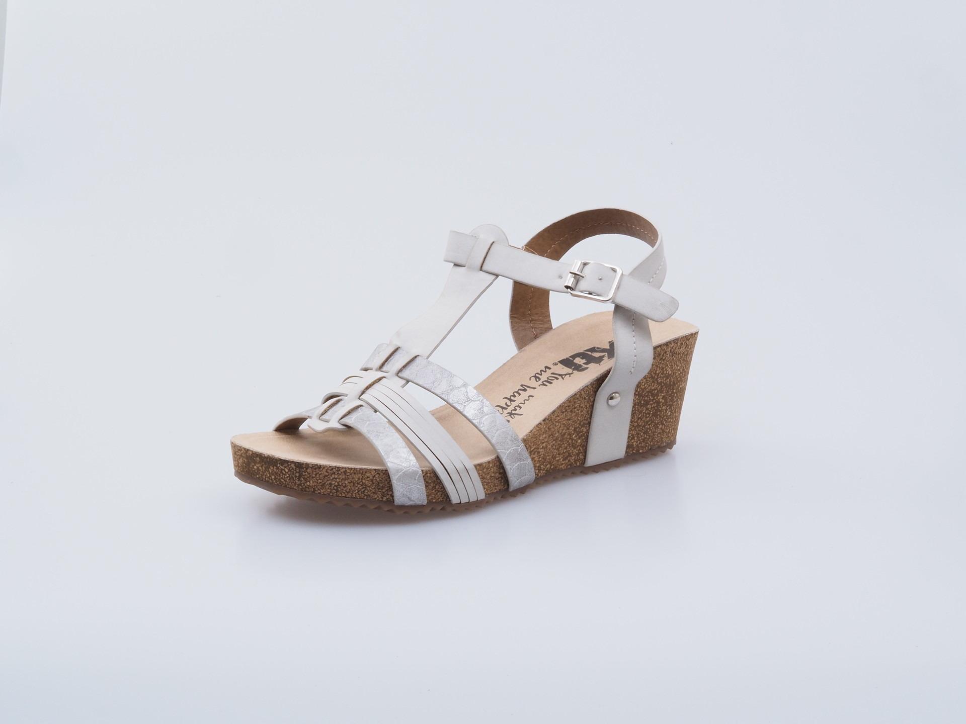 2441f89e6fc1 Soňa - Dámska obuv - Sandále - Xti dámska otvorená sandála strieborná