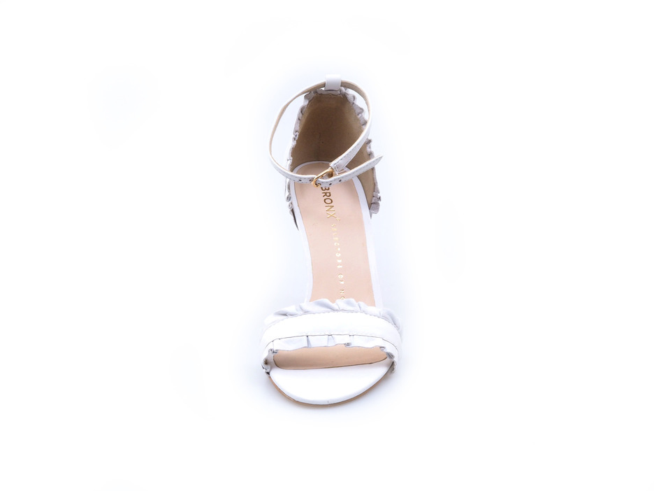d31ccef72668d Soňa - Dámska obuv - Spoločenská obuv - Biele dámske lodičky na vysokom  podpätku Bronx