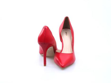 f941d0d42fc68 Soňa - Dámska obuv - Spoločenská obuv - Červené dámske lodičky na ...