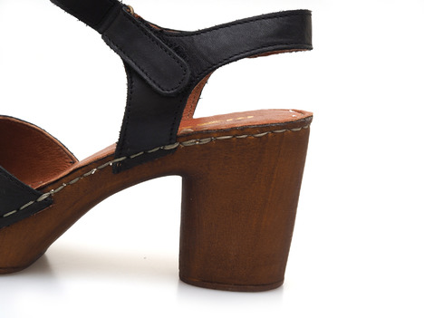 96a4c727ac82 Soňa - Dámska obuv - Sandále - Čierna dámske uzatvorené sandále na ...