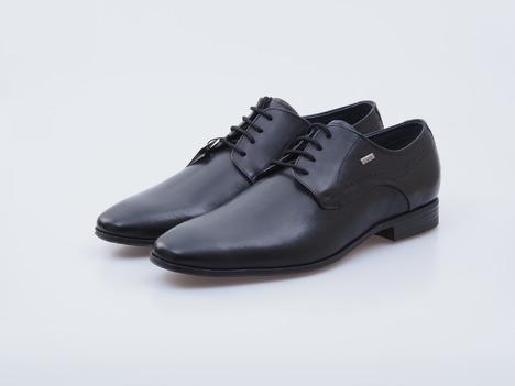 7f9a9531c3 Soňa - Pánska obuv - Poltopánky - Čierna pánska šnurovacia obuv Bugatti