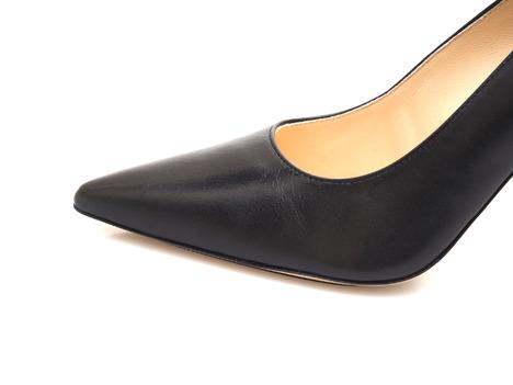 8a66618b32 Soňa - Dámska obuv - Spoločenská obuv - Čierne dámske lodičky na ...