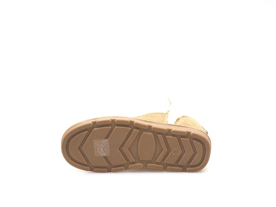 24fc75aa06e2 Dámska čižma stredne vysoká zateplená na nízkom podpätku značky Les  Tropeziennes