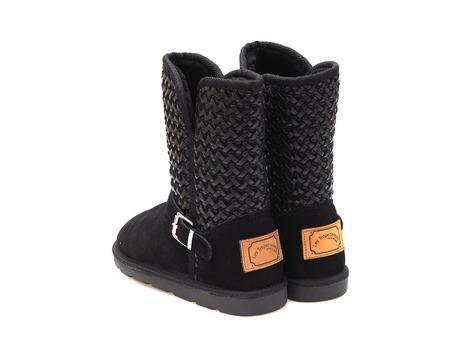 d587ae3e2368 Soňa - Dámska obuv - Čižmy - Dámska čižma stredne vysoká zateplená na nízkom  podpätku značky Les Tropeziennes