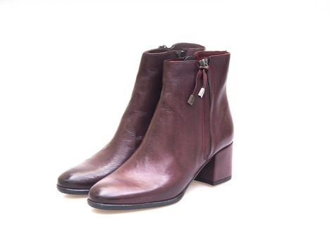 55b239507d24 Soňa - Dámska obuv - Kotníčky - Dámska obuv členková (kotníková) zateplená  na nízkom podpätku