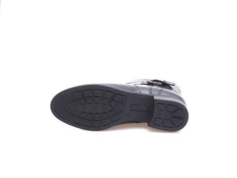 2722c0f615c4d Soňa - Dámska obuv - Kotníčky - Dámska obuv členková zateplená na nízkom  podpätku značky Salamander