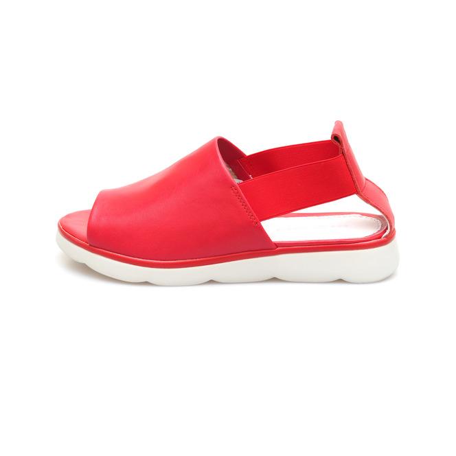 5ba1eb5490dc ... Dámske otvorené sandále na nízkom podpätku Rizzoli - červené ...