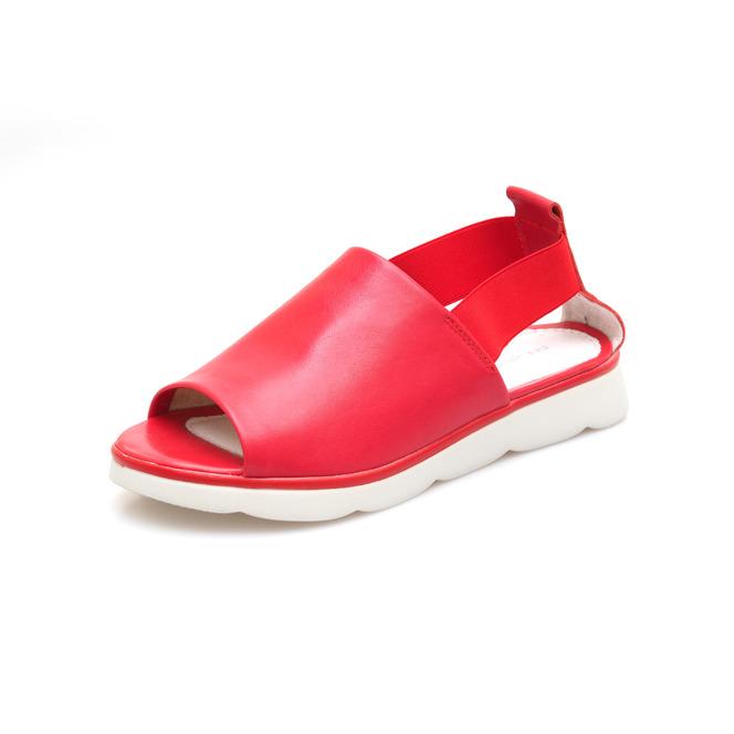 e6c5c8bc39b0 Dámske otvorené sandále na nízkom podpätku Rizzoli - červené ...