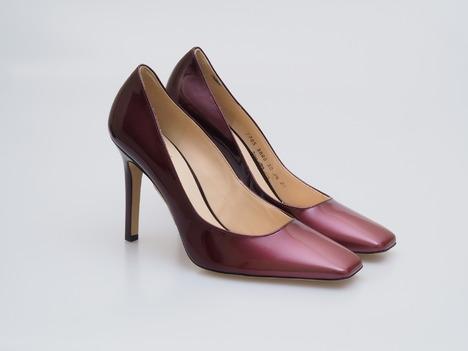 a40708e37848 Soňa - Dámska obuv - Lodičky - Fialové lakované kožené lodičky na vysokom  podpätku Högl