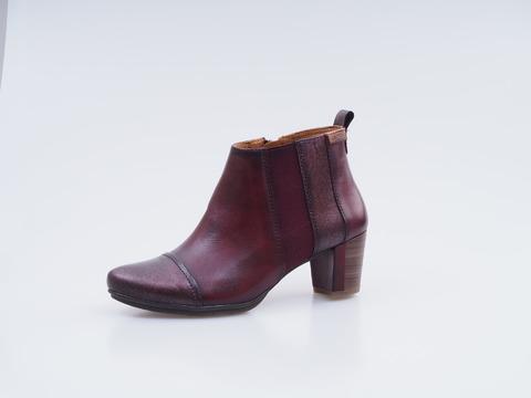 d45848e2ae2d Soňa - Dámska obuv - Kotníčky - Kožené členkové topánky Pikolinos
