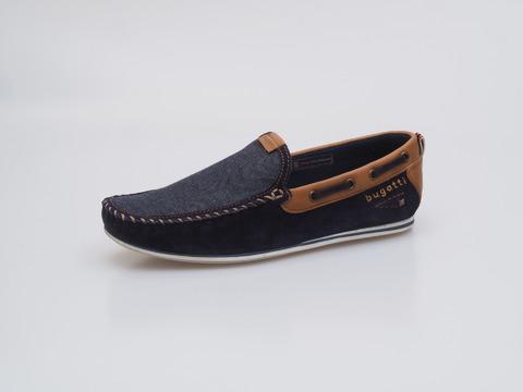 e73e3d439 Soňa - Pánska obuv - Mokasíny - Modré pánske mokasíny značky Bugatti