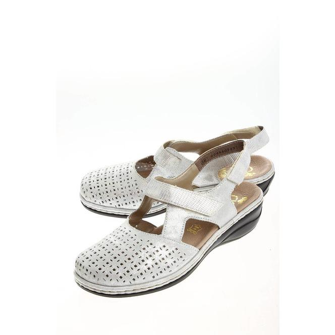 eae0648a60bf1 Strieborné dámske uzatvorené sandále Rieker Strieborné dámske uzatvorené  sandále Rieker ...