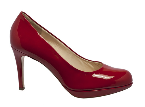 61690683cd Soňa - Novinky - Vyberte si správne plesové topánky