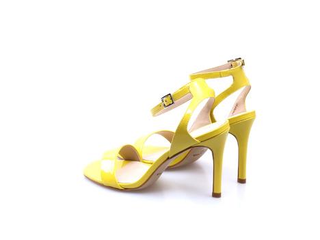 ab76c9d817558 Soňa - Dámska obuv - Spoločenská obuv - Žlté dámske lodičky na ...